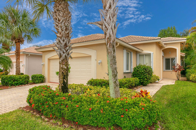 2696 Clipper Circle West Palm Beach, FL 33411