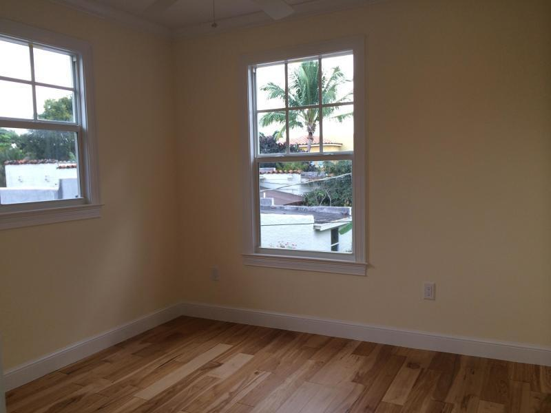 714 Biscayne Drive West Palm Beach, FL 33401 small photo 36
