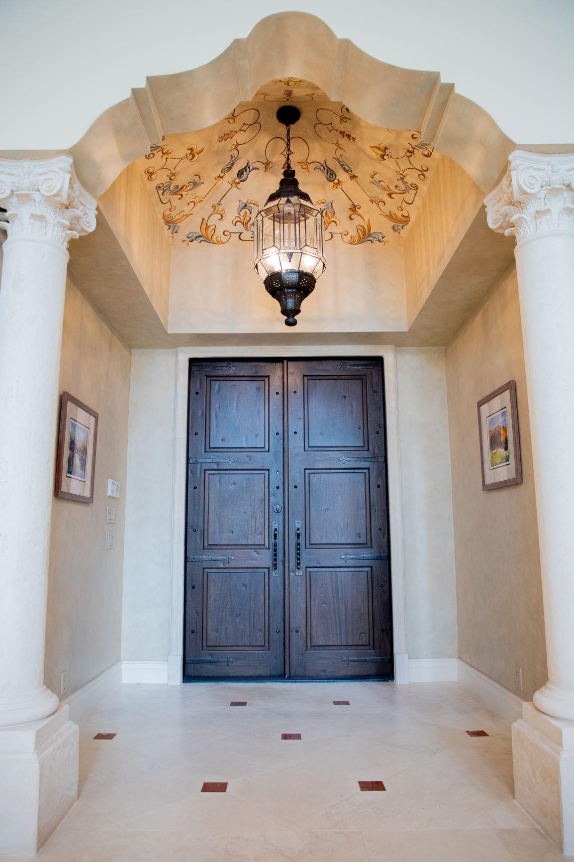 Sota 8 resized foyer