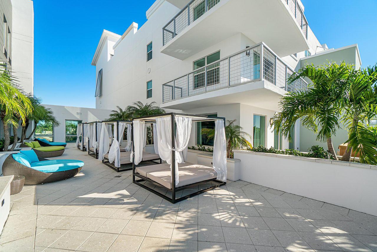 236 SE Fifth Avenue 402  Delray Beach, FL 33483