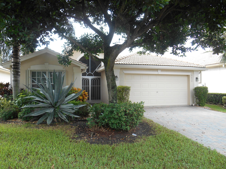 Home for sale in Valencia Isles Boynton Beach Florida