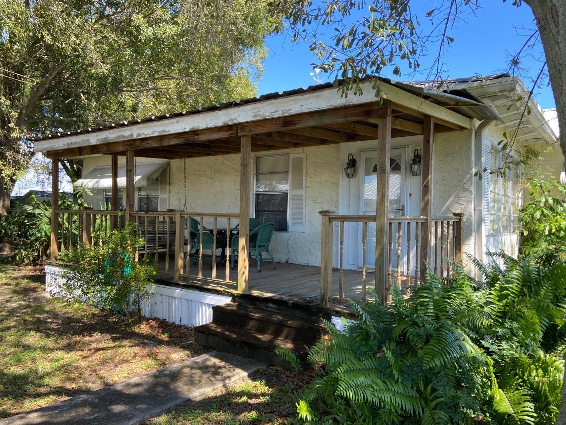 Home for sale in Community of Buckhead Ridge Okeechobee Florida