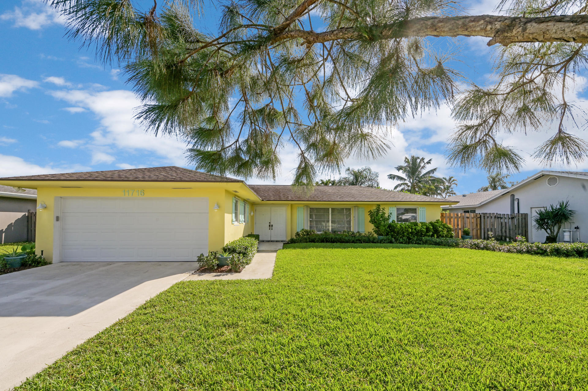 Home for sale in PALM BEACH GARDENS Palm Beach Gardens Florida