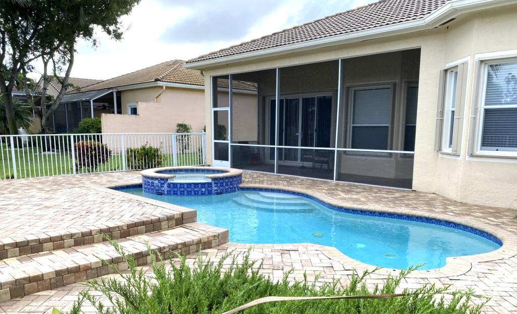 7935 New Holland Way  Boynton Beach FL 33437