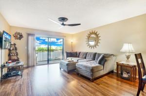 3525 S Ocean Boulevard 305 For Sale 10665069, FL