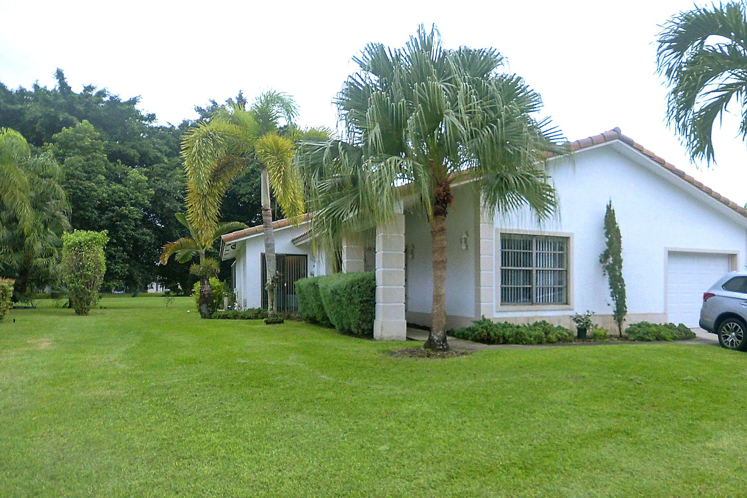 10161 Camelback Lane Boca Raton, FL 33498
