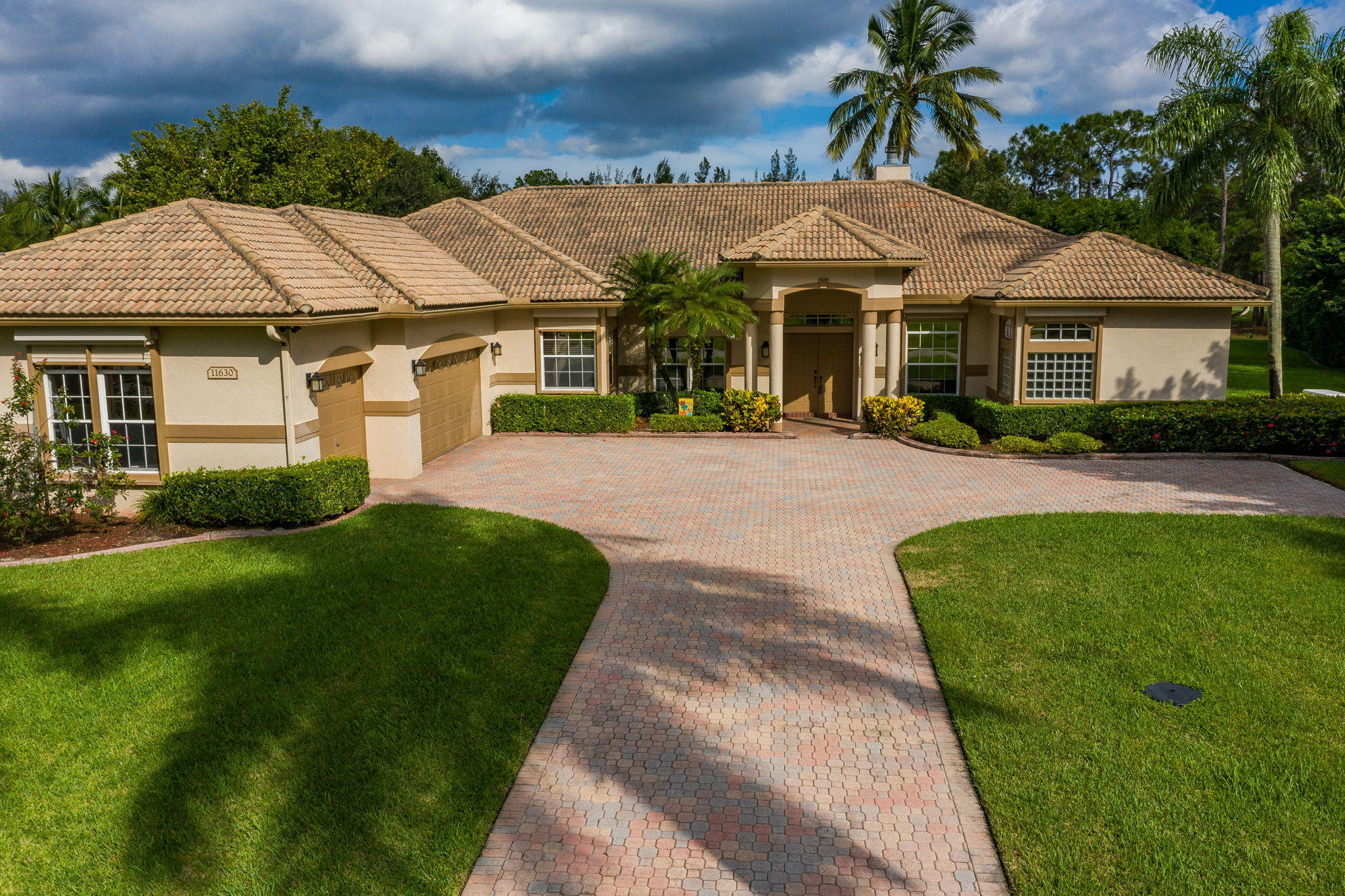 11630 Stonehaven Way Palm Beach Gardens, FL 33412