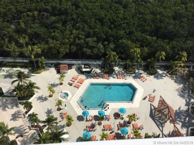 100 Bayview Drive 826 Sunny Isles Beach, FL 33160 photo 4