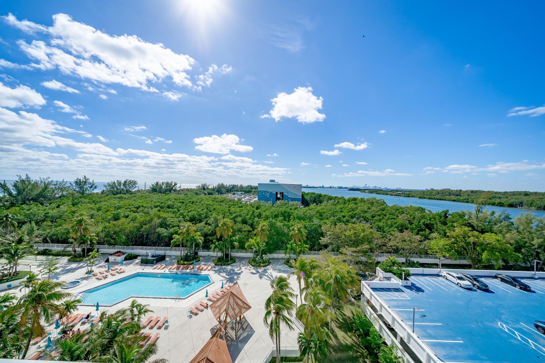 100 Bayview Drive 826 Sunny Isles Beach, FL 33160 photo 36