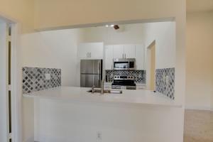9480  Boca Cove Circle 409 For Sale 10665046, FL