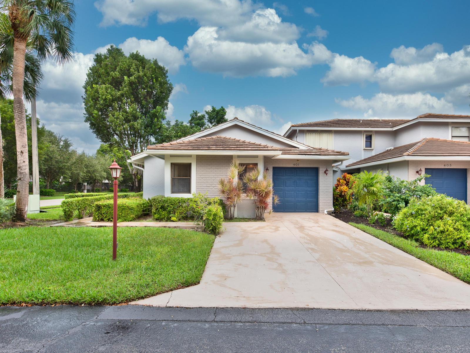Home for sale in LAKES OF DEER CREEK Deerfield Beach Florida