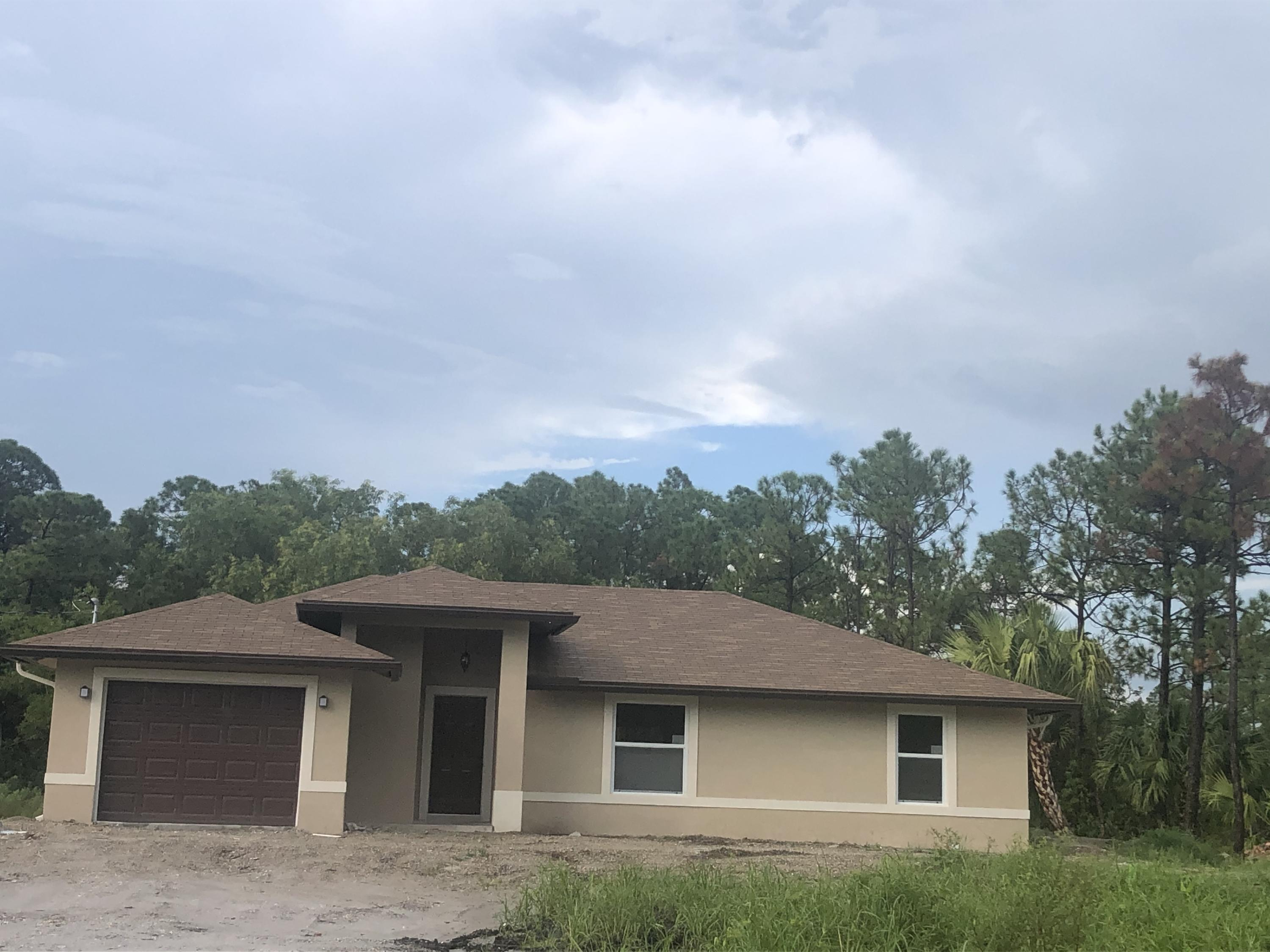 Home for sale in 30850 / 1687 Loxahatchee Florida