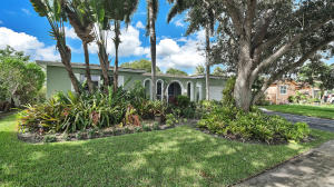 5541 SW 94th Avenue  For Sale 10665901, FL