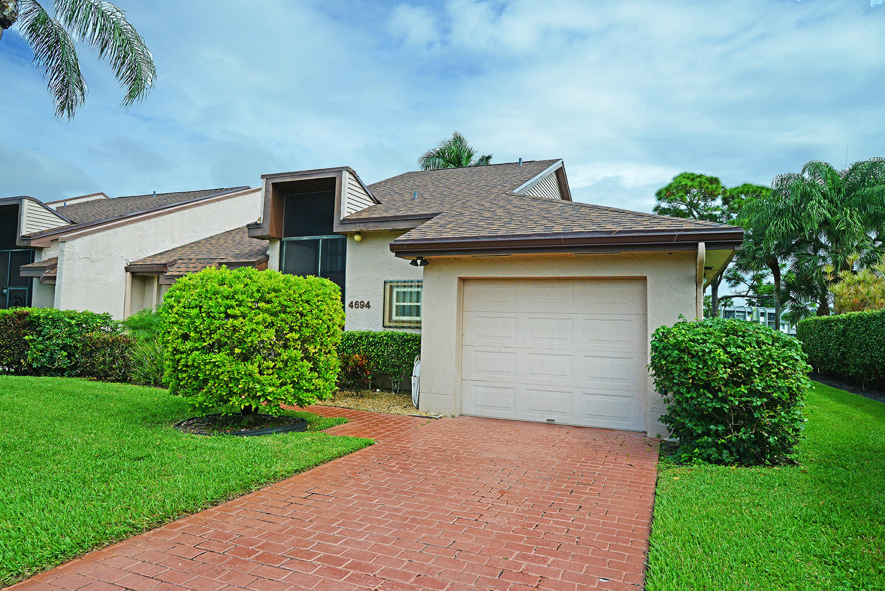 Home for sale in Versailles Court Lake Worth Florida