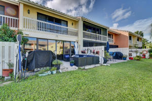 702 Ne 20th Lane Boynton Beach FL 33435