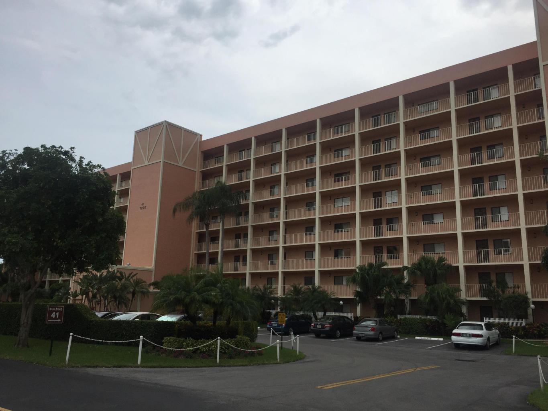 7290 Kinghurst Drive #407  Delray Beach FL 33446