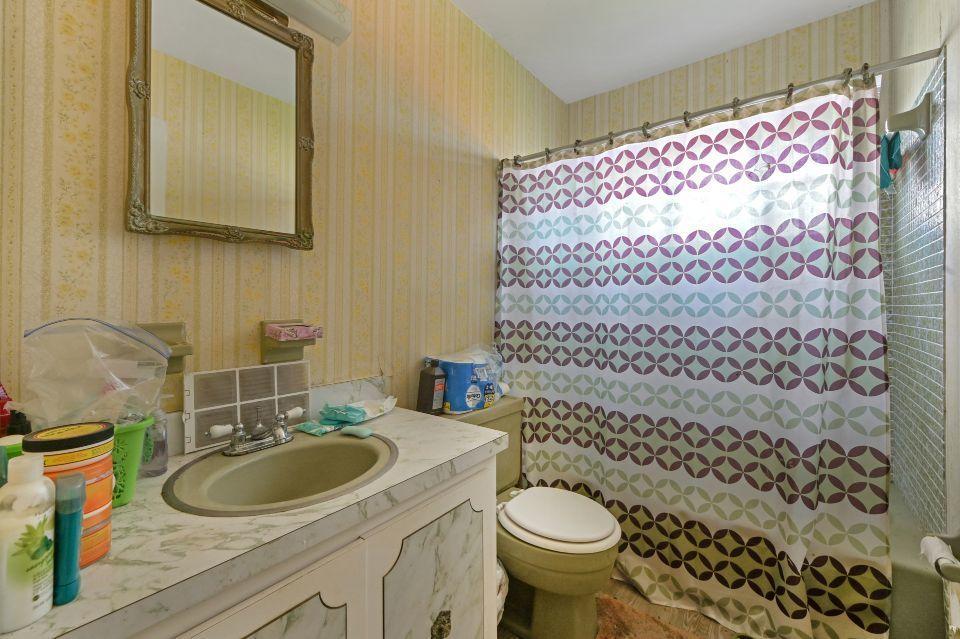 436 San Fernando Drive Palm Springs, FL 33461 photo 17