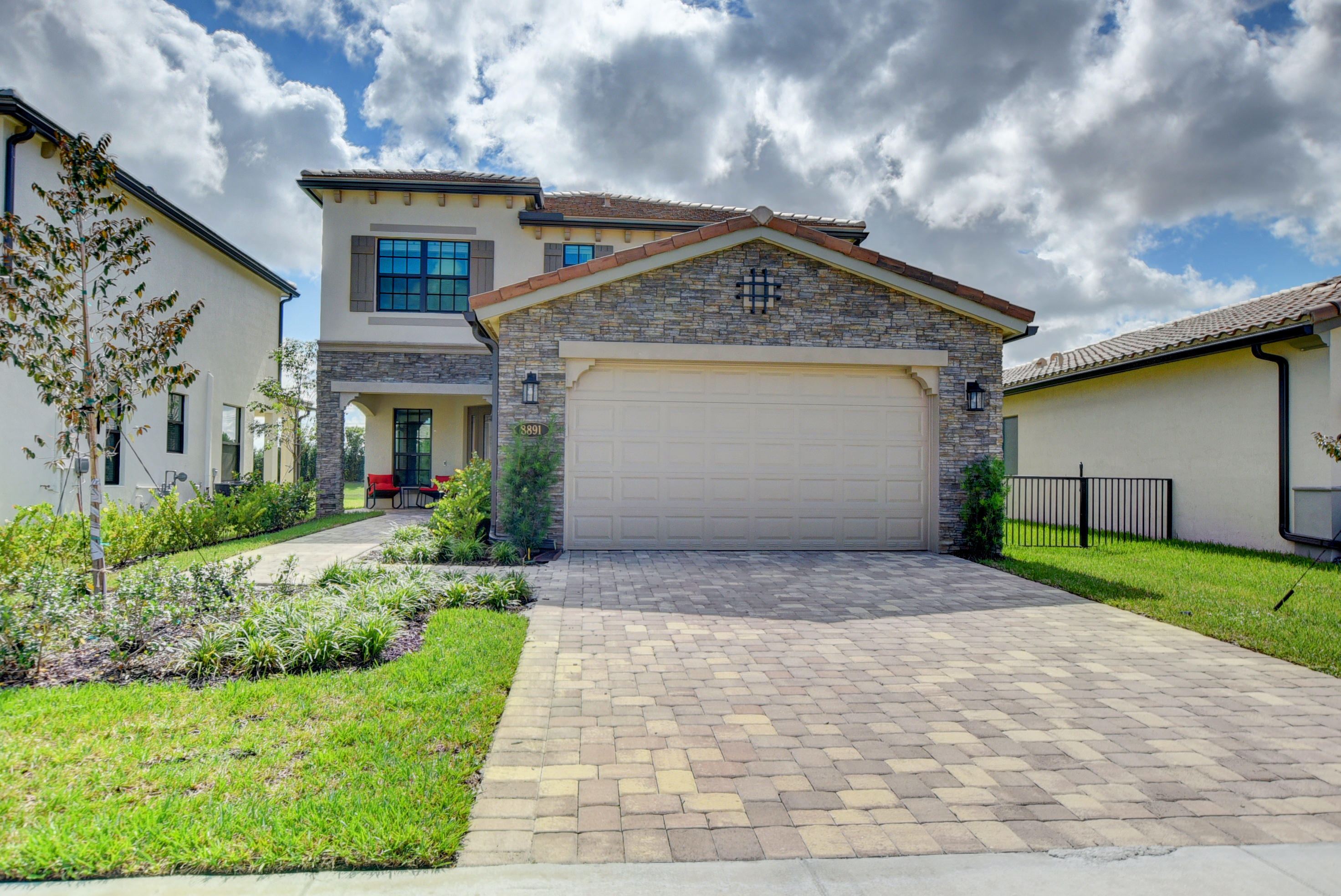 8891 Grand Prix Lane  Boynton Beach, FL 33472