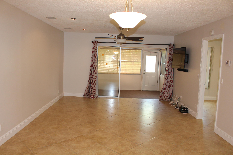 725 Nantucket Circle B Lake Worth, FL 33467 photo 20