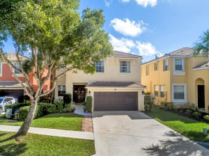 1304  Isleworth Court  For Sale 10667219, FL