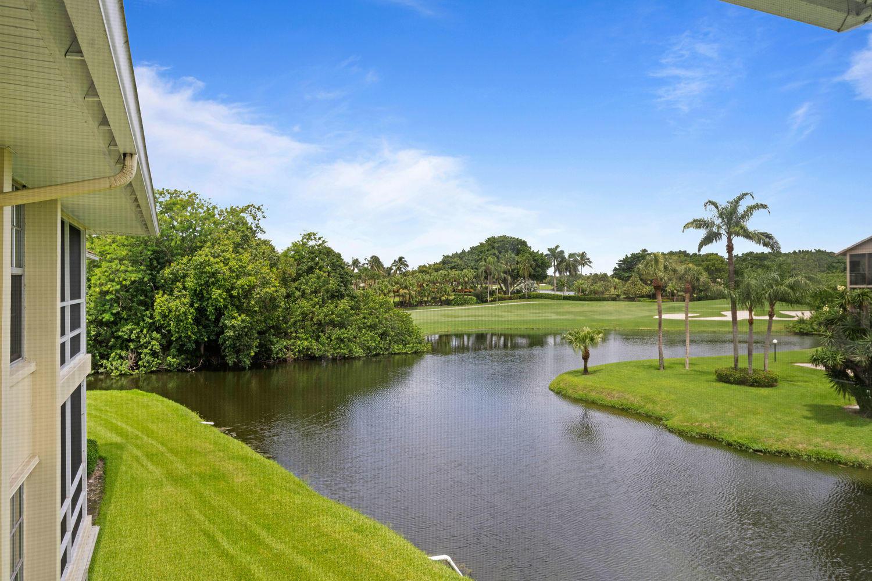 5540 Tamberlane Circle 314 Palm Beach Gardens, FL 33418