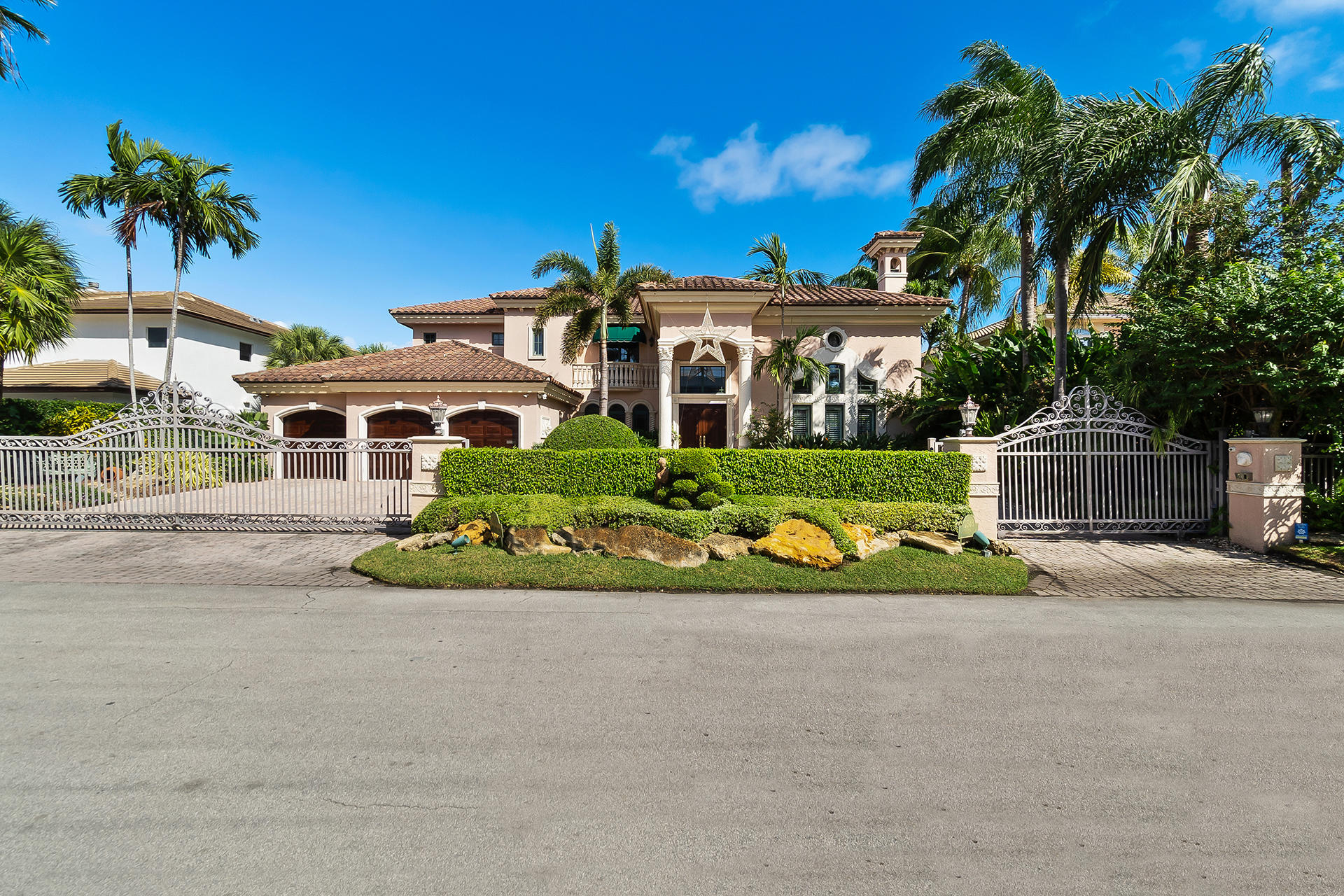 2543 Aqua Vista Blvd Fort Lauderdale FL-