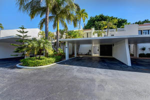 Unique opportunity to own this 3ded 3bath plus den/office/optional 4th Bedroom home in Land of the Presidents. One of only 12 unique homes in this community that rarely ever come on the Market. This open concept home have a screened patio and Balcony off the master bedroom. Less than 5 mins to Palm Beach Outlets, less than 10 minutes from CityPlace, the Kravis Center, Flagler Museum and Clematis Ave. Enjoy some of the best shopping, entertainment and dining options in all of Palm Beach County with Worth Ave, Breakers Singer Island and Peanut Island just a short drive away.You are just minutes away from the Beach just another convenience of this ideally located property. Wether youre looking for a vacation home, or permanent home, youre sure to enjoy your best life here. Welcome home.
