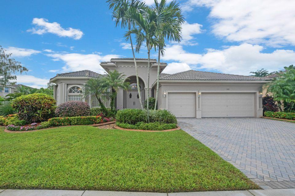 1801 Waldorf Drive Royal Palm Beach, FL 33411