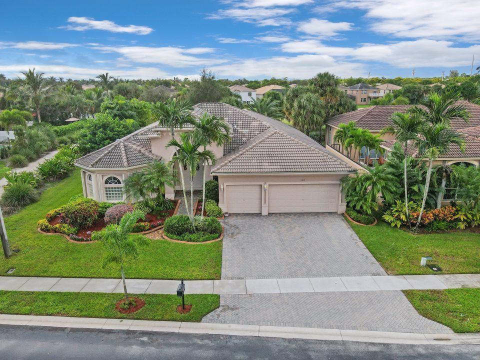 1801 Waldorf Drive Royal Palm Beach, FL 33411 photo 4