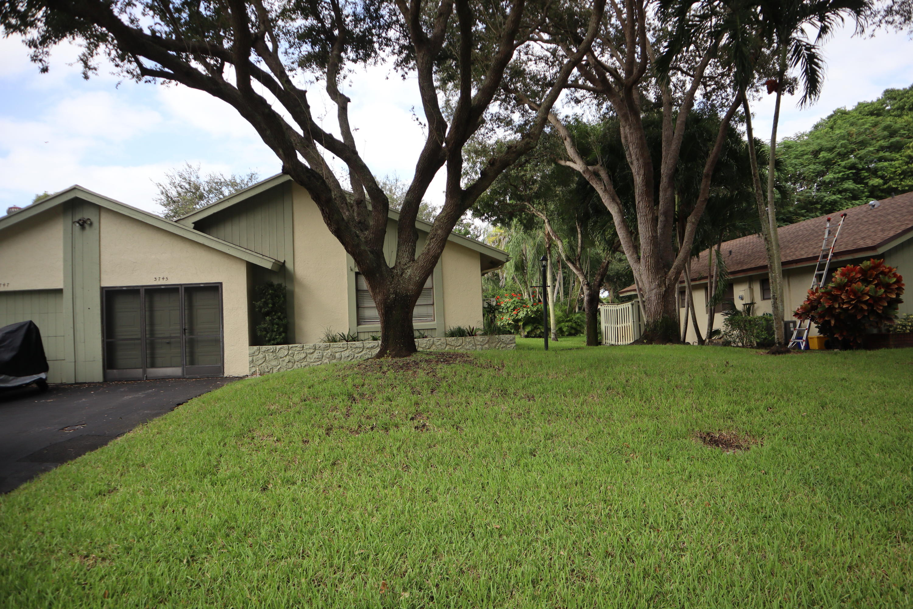 Home for sale in SHADYWOODS PH ONE Delray Beach Florida