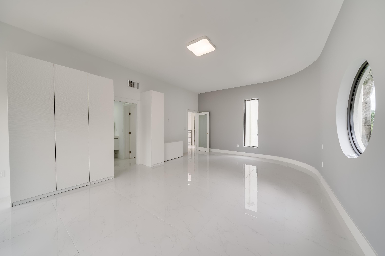 16_interior-125