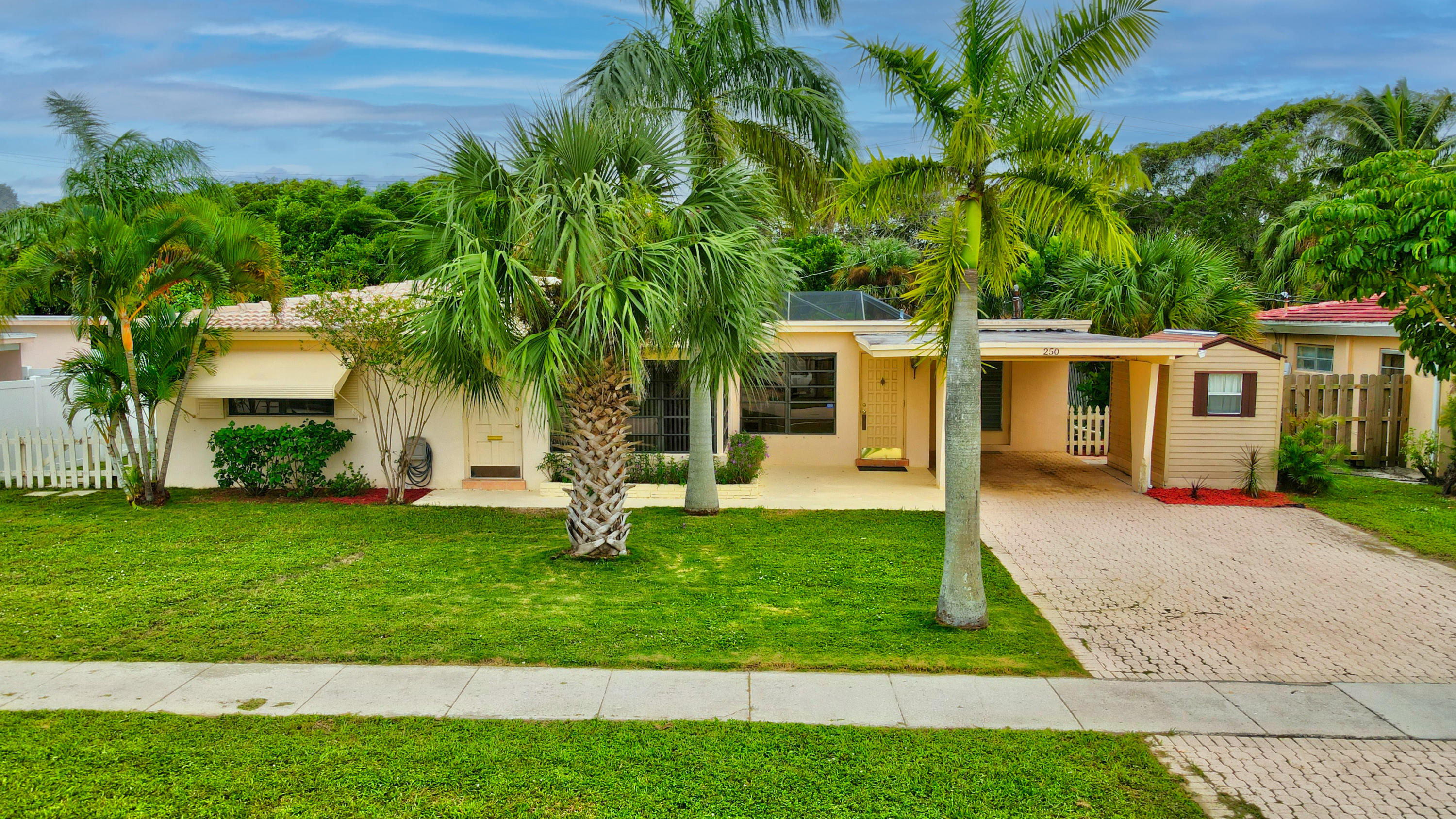 Home for sale in Winfield Park Boca Raton Florida