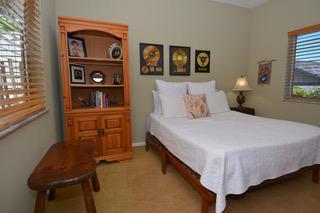 Bed 4 main floor