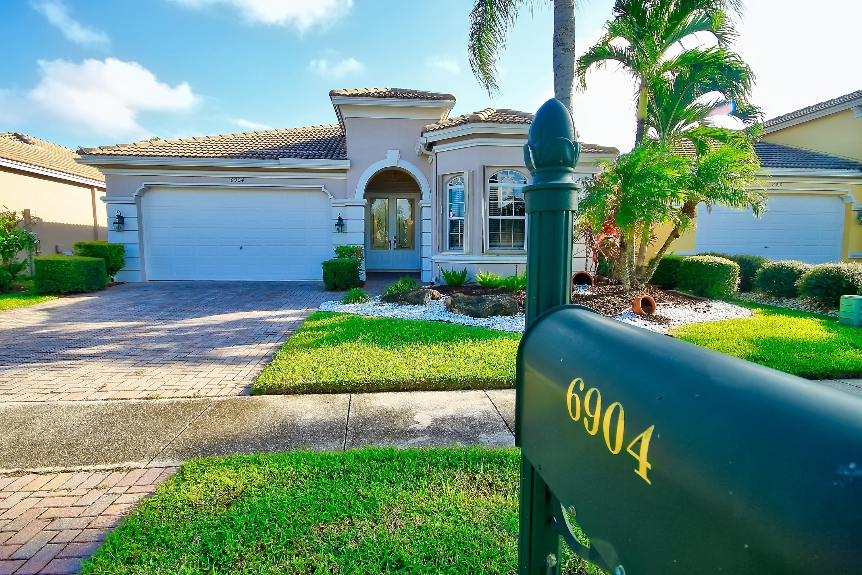Home for sale in Aberdeen Addison Green Boynton Beach Florida