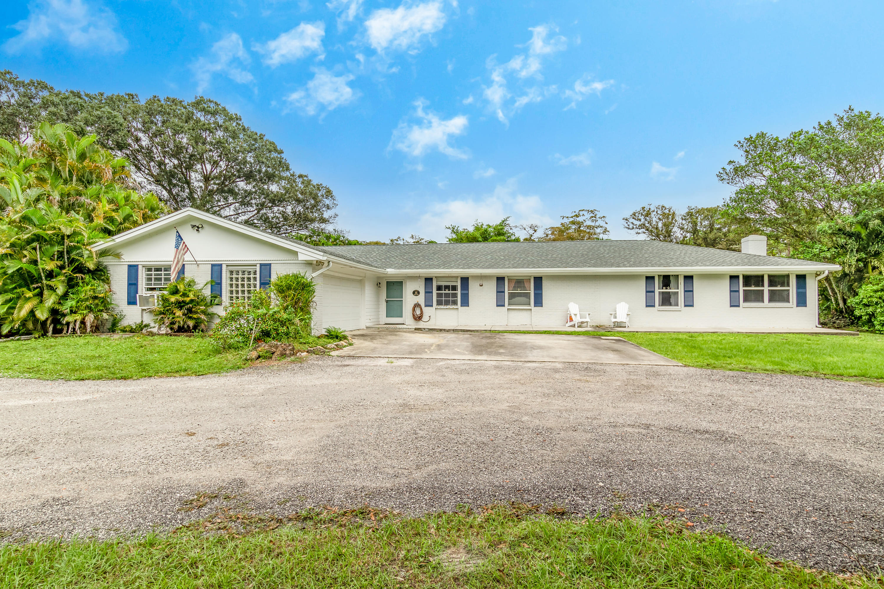 01_15161_collecting_canal_road_1_mls