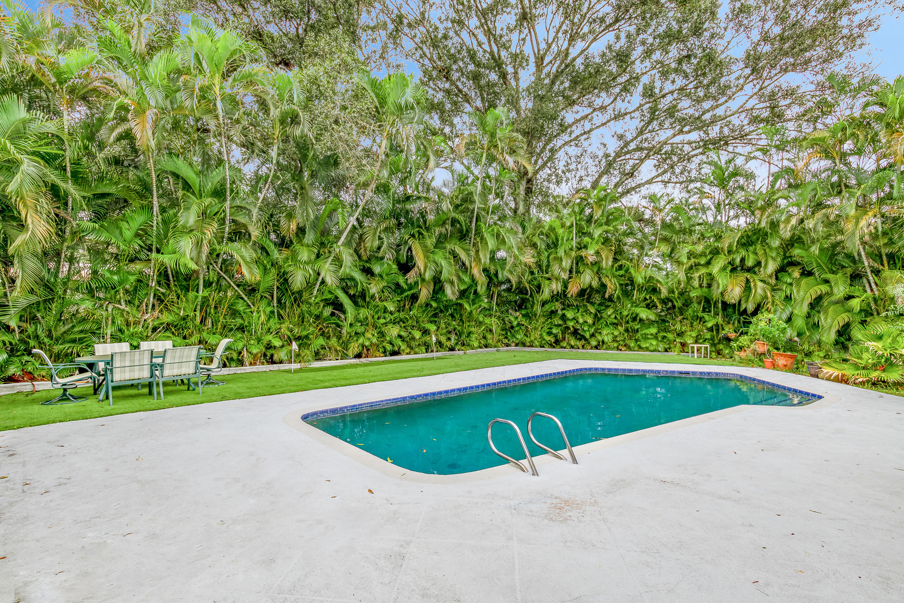 23_15161_collecting_canal_road_23_mls