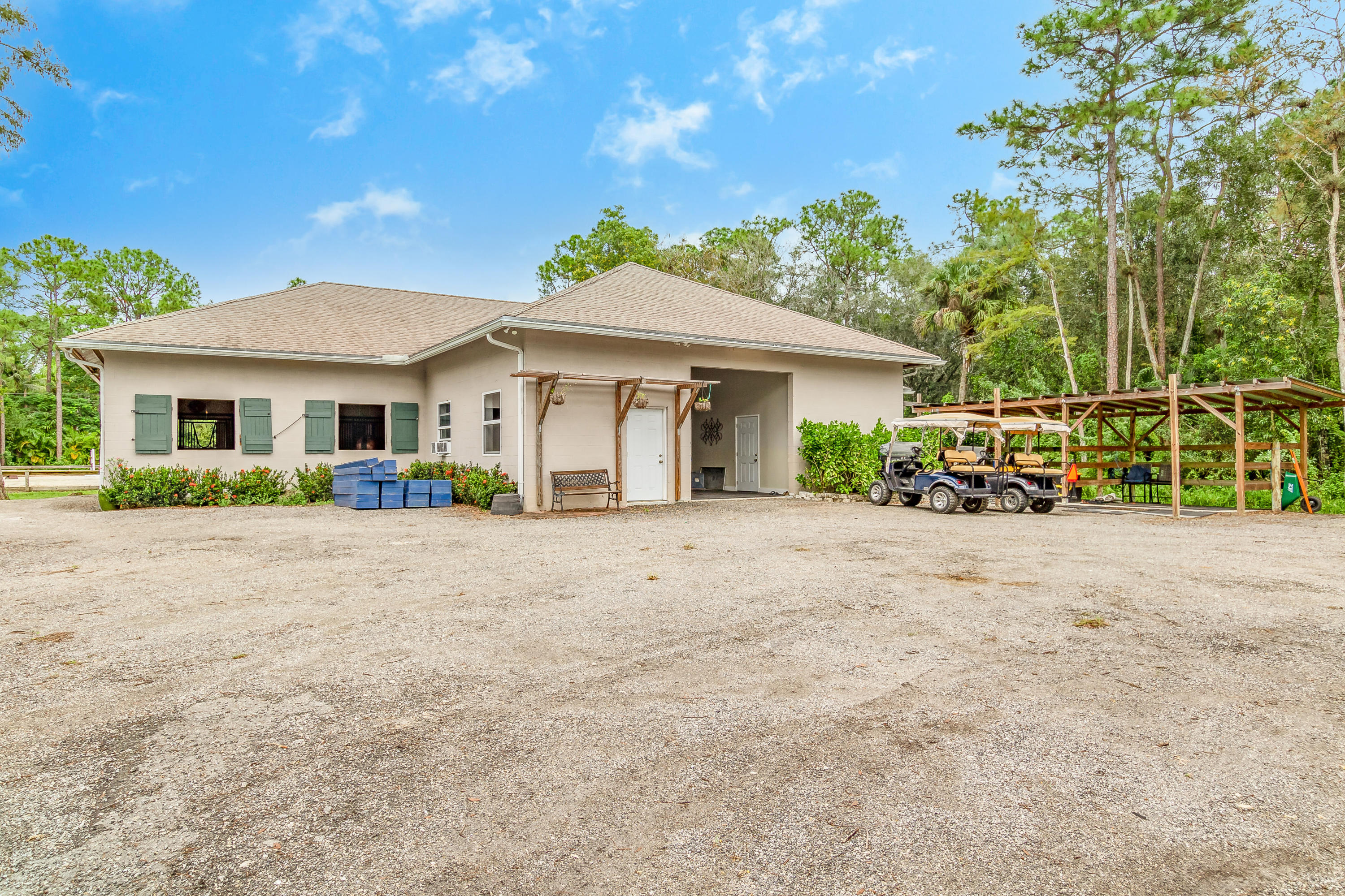 25_15161_collecting_canal_road_25_mls