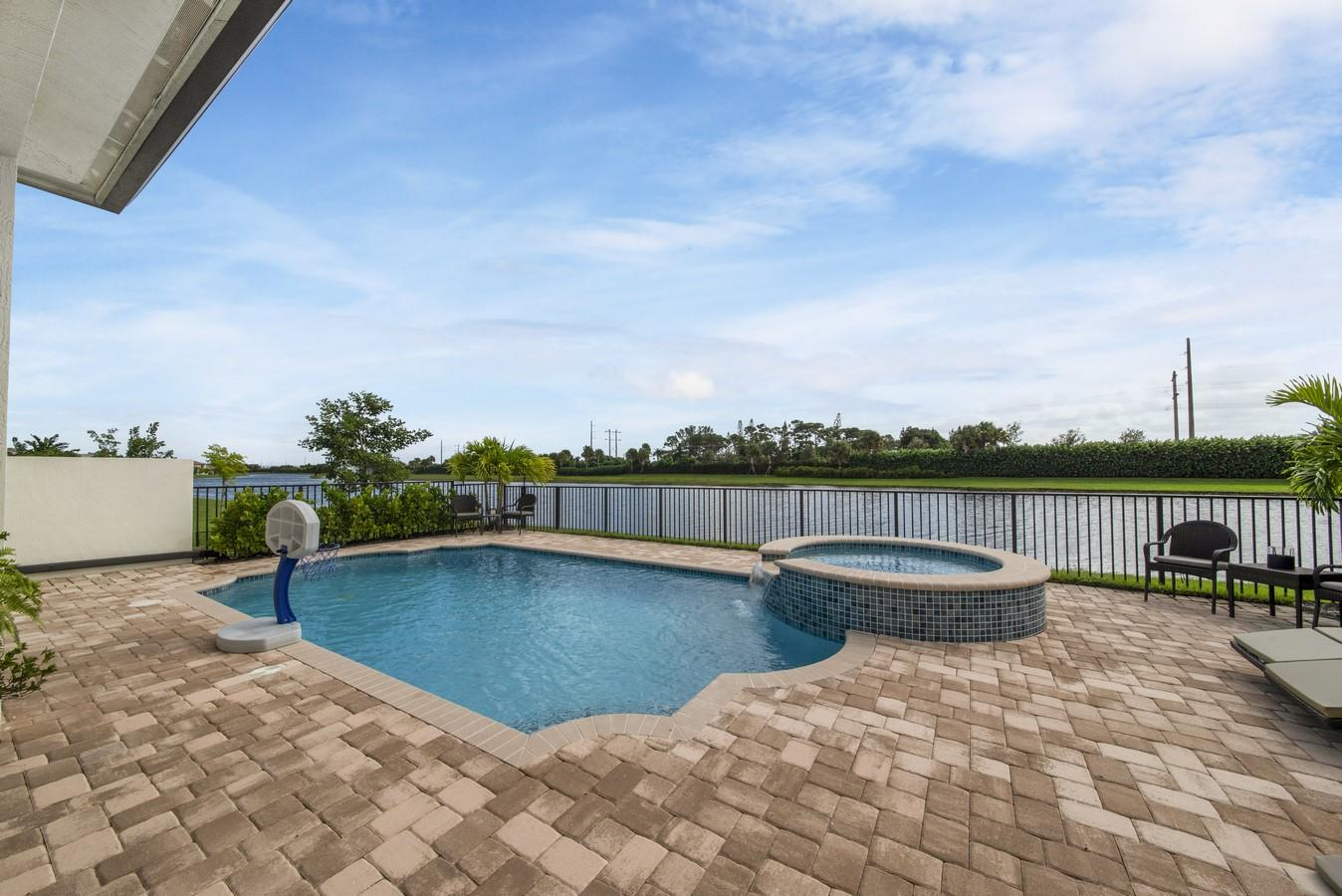 8675 Grand Prix Lane Boynton Beach, FL 33472 photo 41