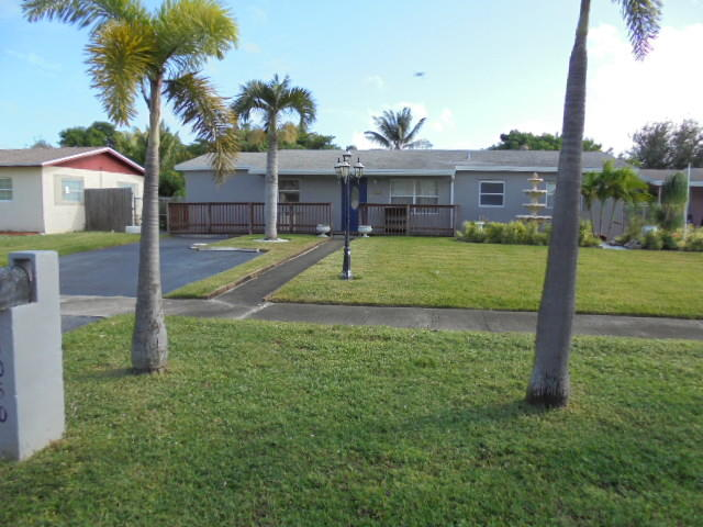 Home for sale in commonwealth park sec 1 Deerfield Beach Florida