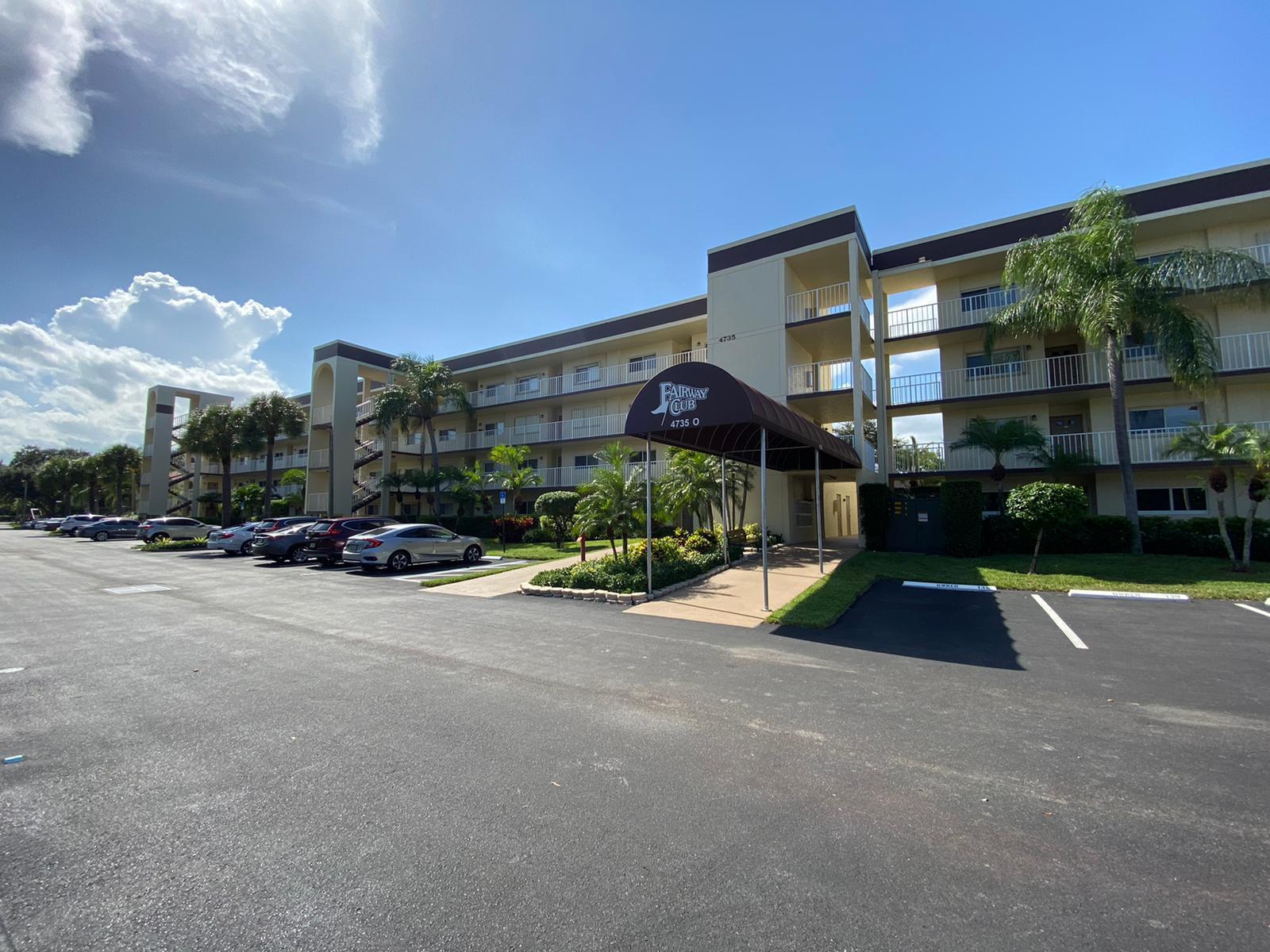 4735 Lucerne Lakes Boulevard 316 Lake Worth, FL 33467