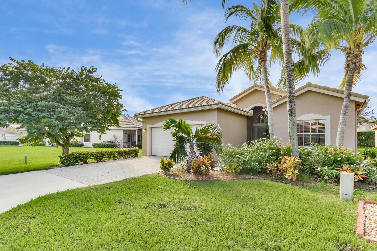 8614 Green Cay West Palm Beach, FL 33411