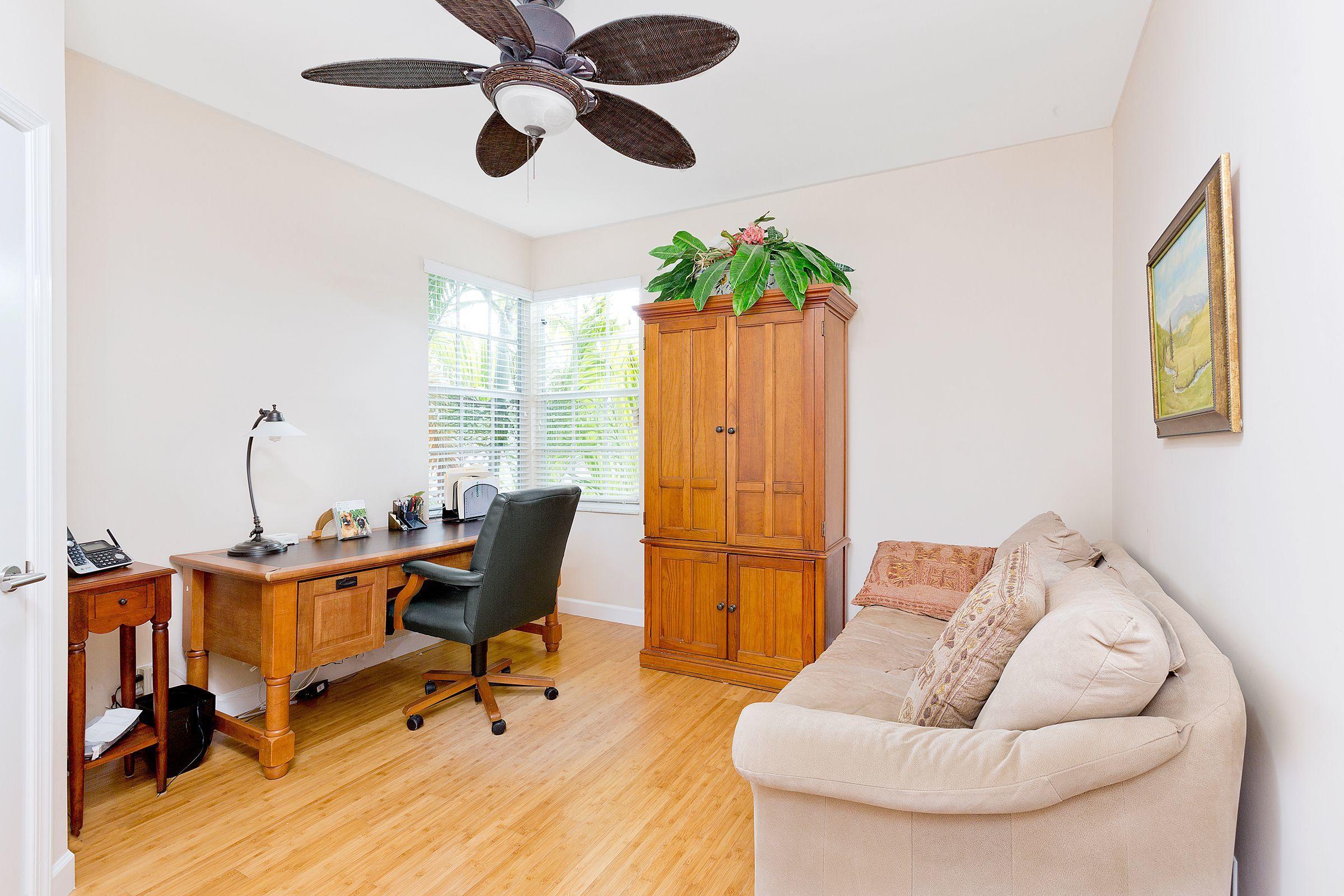 bedroom:office 4