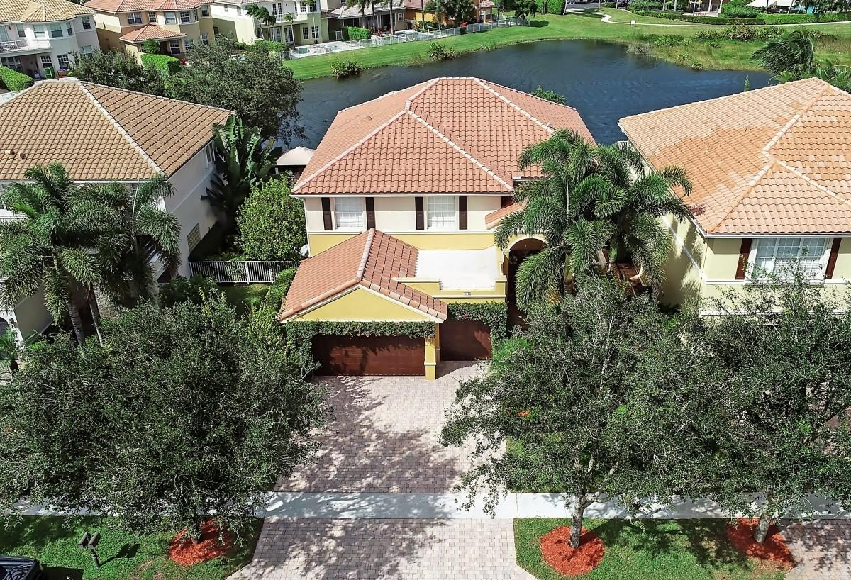 10125 Cobblestone Creek Drive  Boynton Beach, FL 33472