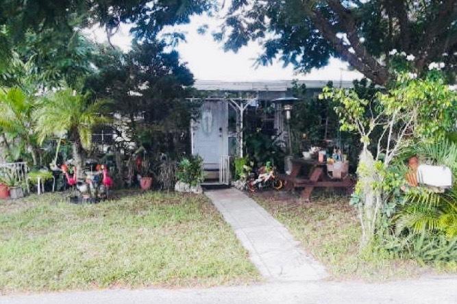 4415 Sussex Avenue Lake Worth, FL 33461