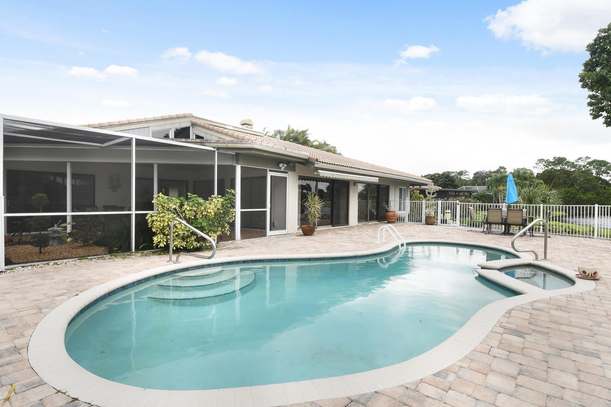 13772 Sand Crane Drive, West Palm Beach, Florida 33418, 2 Bedrooms Bedrooms, ,2.1 BathroomsBathrooms,F,Single family,Sand Crane,RX-10670652