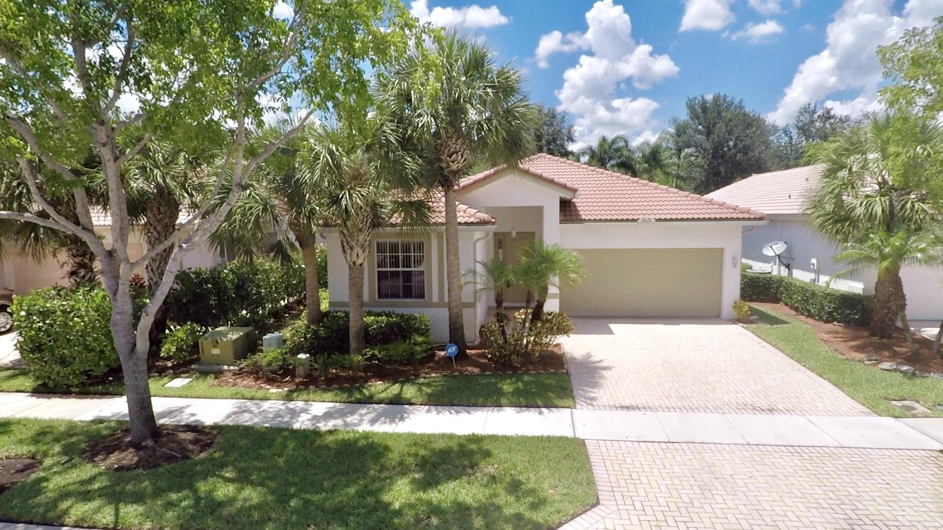 2688 Clipper Circle West Palm Beach, FL 33411 photo 1