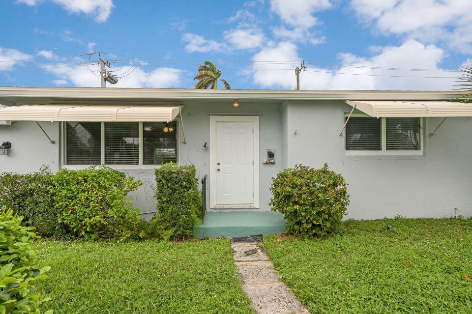 311 Forest Hill Boulevard West Palm Beach, FL 33405 photo 20