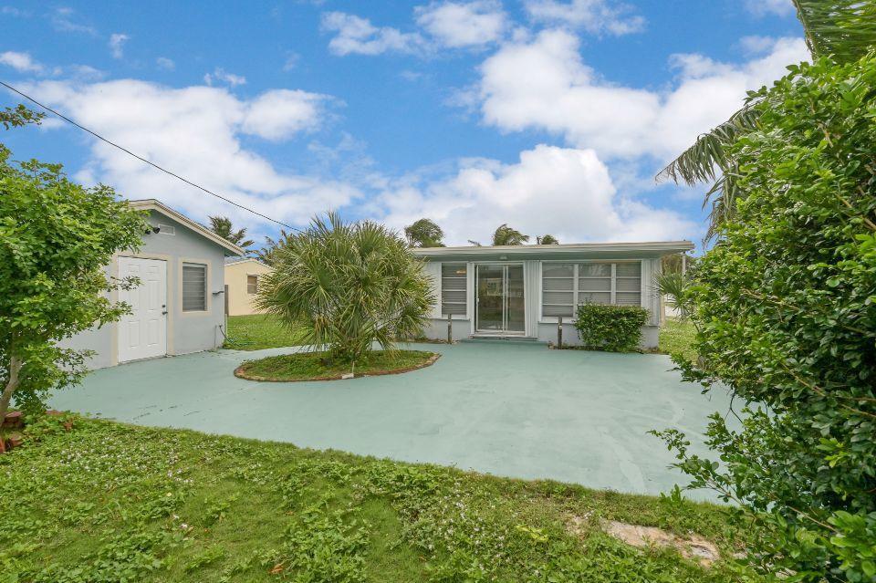 311 Forest Hill Boulevard West Palm Beach, FL 33405 photo 16