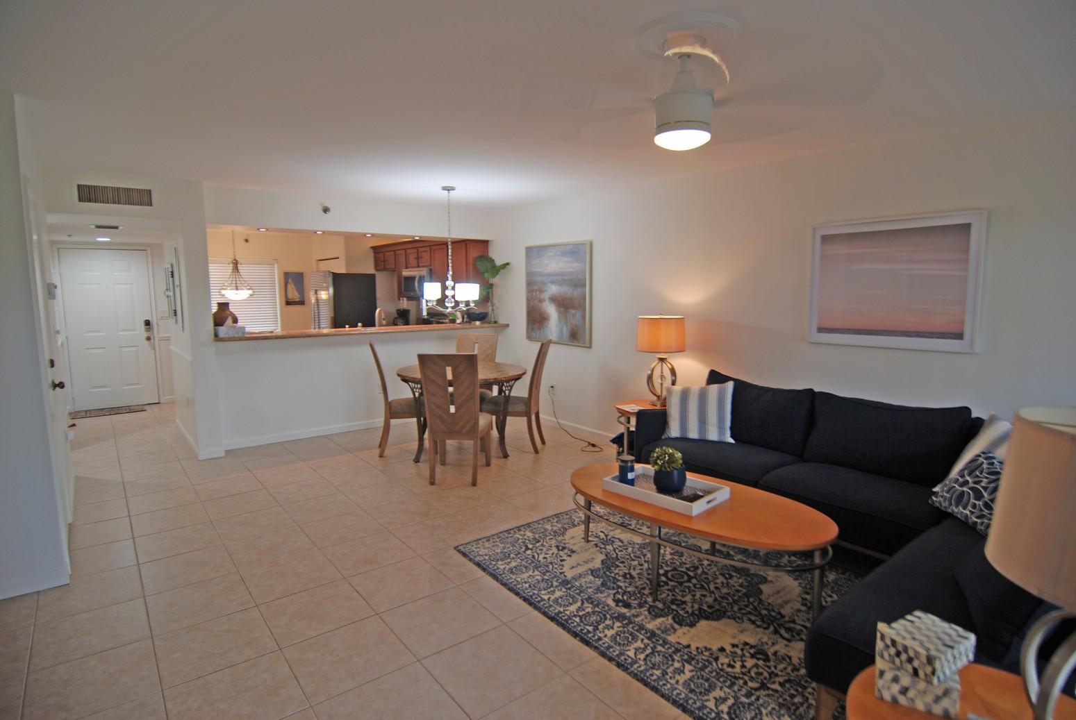 275 Palm Avenue, Jupiter, Florida 33477, 2 Bedrooms Bedrooms, ,2 BathroomsBathrooms,Rental,For Rent,Palm,RX-10670881
