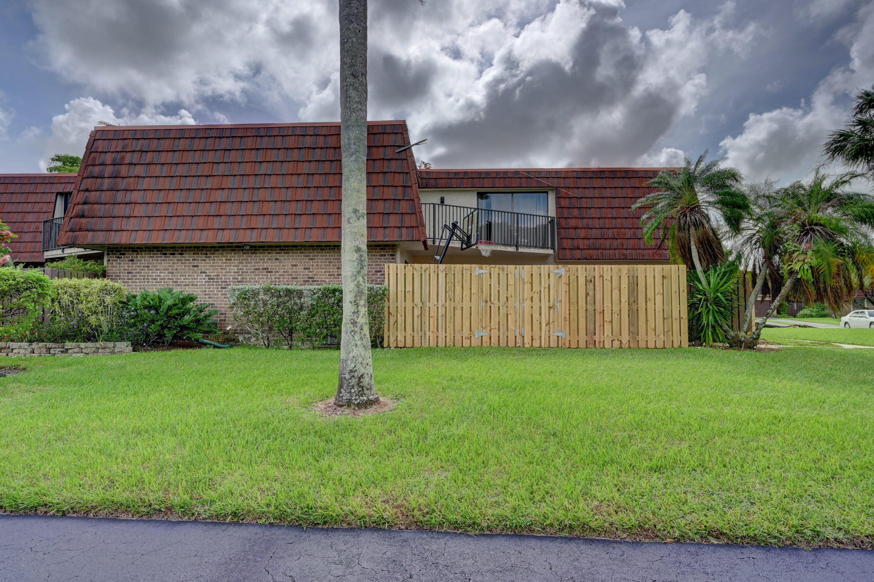 8293 Boca Rio Drive Boca Raton, FL 33433 photo 1
